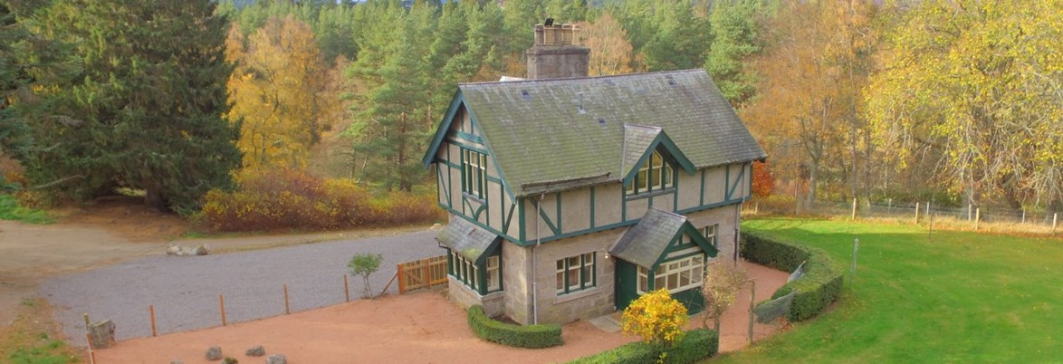 Ballintober self catering cottage situated on Glenmuick Estate, Ballintober makes for an ideal base for exploring Royal Deeside.